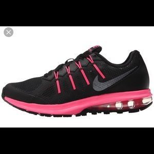 Women's Nike Dynasty Black & Hot Pink Sneaker